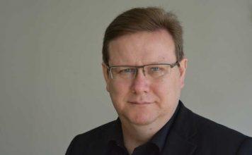 Явор Дачков: Търгуват Конституцията срещу плажни ивици