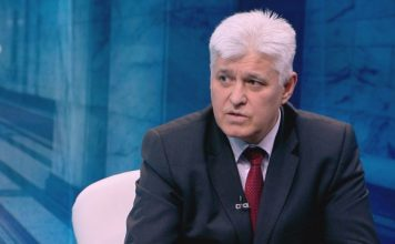 Гл. секретар на Радев: Морално недопустимо е министър да обсъжда така непълнолетен