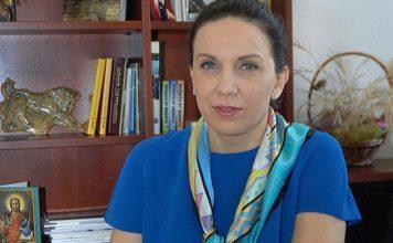 Д-р Антония Първанова: Спрете с плашенето! НОЩ управляваше кризата по метода проба – грешка