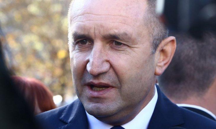 """Радев с много тревожни новини от Брюксел """"особено за бедни държави като България"""""""