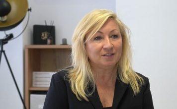 """Кандидат от """"Българско лято"""" подпомага млади майки"""