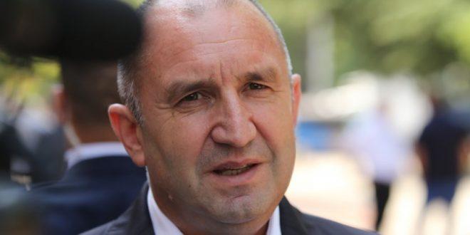 Румен Радев: Докато съм жив, няма да предам българите и ще се боря с мафията на Борисов!